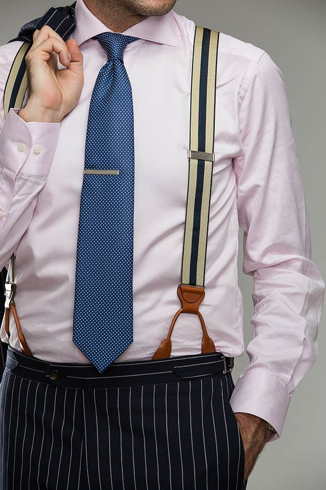 Guide Wearing Suspenders